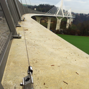 VERTIC's ALTILIGNE horizontal lifeline system - Pont de la Poya's bridge in Switzerland